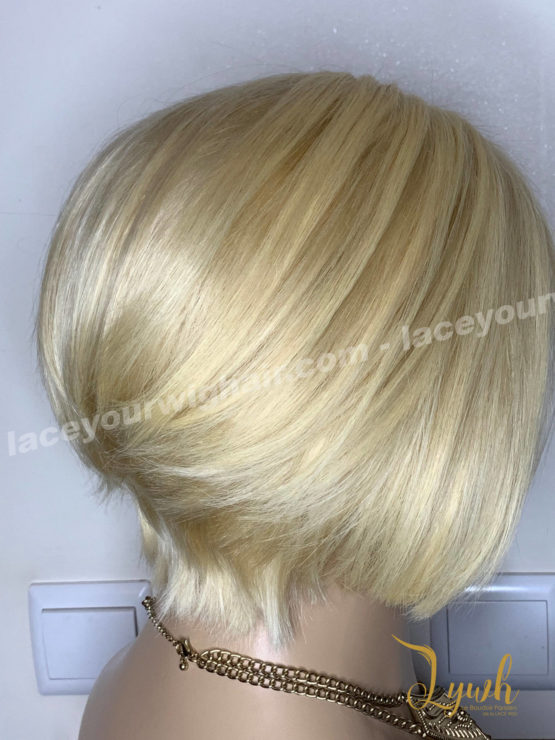 Haria-blond-coupe-courte-3